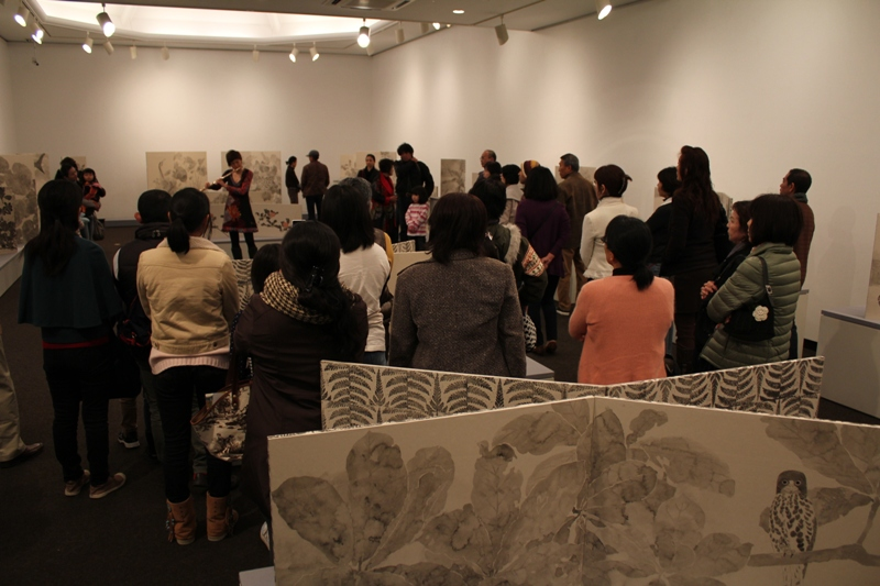 Collaboration performance with Yukari and Kimiko at Usasoe art museam